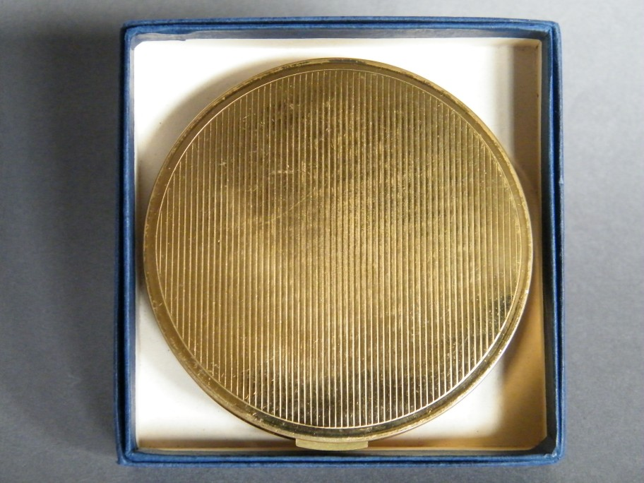 #0629 Rare Powder Compact, circa 1960s **SOLD**