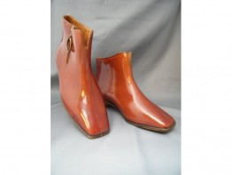 "#0125 Rare Pair of Plum Coloured 1960s Mary Quant Designed "" Quant Afoot"" Ankle Boots - Unused **SOLD** to USA"