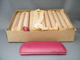 #0191 1940s Pink Leather Covered Ladies Spectacles / Glasses Case - Unused