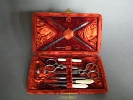 #0841 Victorian / Edwardian Ladies Sewing Accesories in Velvet Case, circa 1875 -1910 **SOLD**