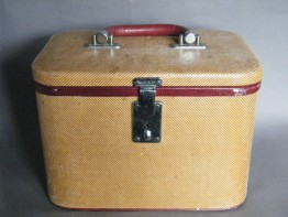 "#0987 ""Wotajoy"" Ladies Vanity Case, early 1950s"
