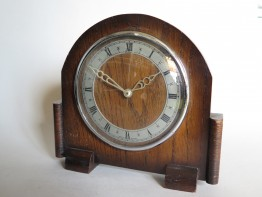 #1660 1940s - 1950s Oak Cased  8  Day Mantle Clock  **SOLD** December 2017