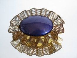 #1589  Large Blue Plastic  Brooch, cica 1950,
