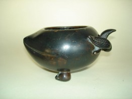 #0078  16th/Early 17th Century Chinese Bronze Water Pot   **Sold to China** - May 2009 售至中国 - 2009年5月