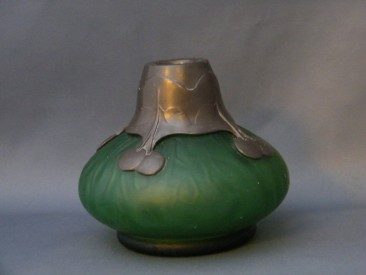 #0127  Art Nouveau Orion Pewter Mounted Glass Vase c. 1905  **Sold** in our Liverpool shop - Dec 2013 / 利物浦店内售出 - 2013年12月